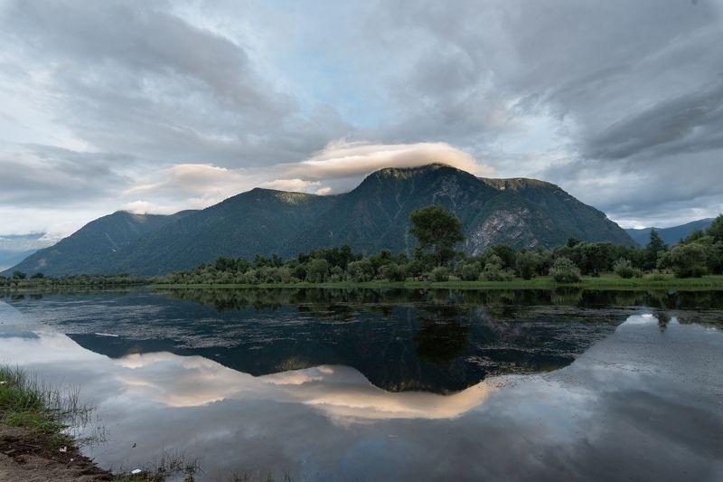 южный берег озера Телецкоеphoto preview
