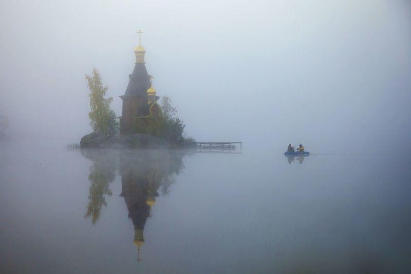 церковь, утро, туман, река, вода, небо, рыбаки ***photo preview