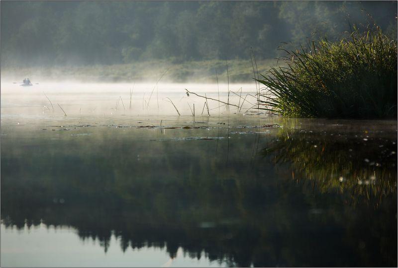 река угра национальный парк туман утро рыбаки камыши Утро на Угреphoto preview