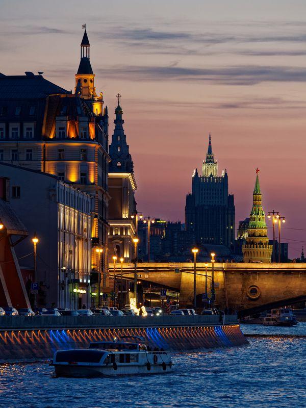 город, Москва, закат, архитектура, река, небо, свет, красота  Москва, август 18гоphoto preview