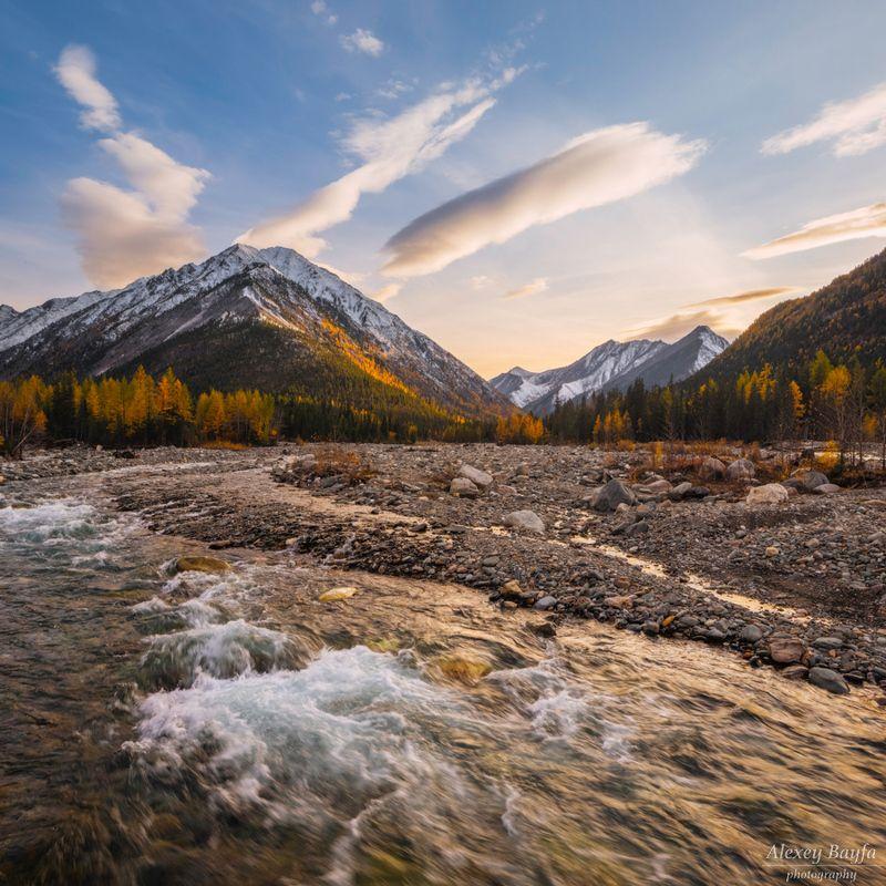 природа, пейзаж, река, течение, горы, закат, облака, Осенний вечер у горной рекиphoto preview