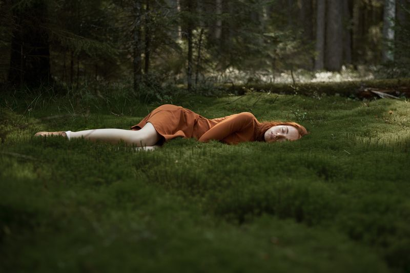 female, redhair, redhead, beautiful, beauty,portrait,dress,moss,forest,woods,nature,outdoors,natural light,nikon Into the woodsphoto preview