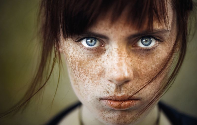 girl, portrait, color, woman, emotions, eyes, face, photo, moscow, people, light Eyesphoto preview