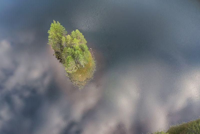 Sky islandphoto preview