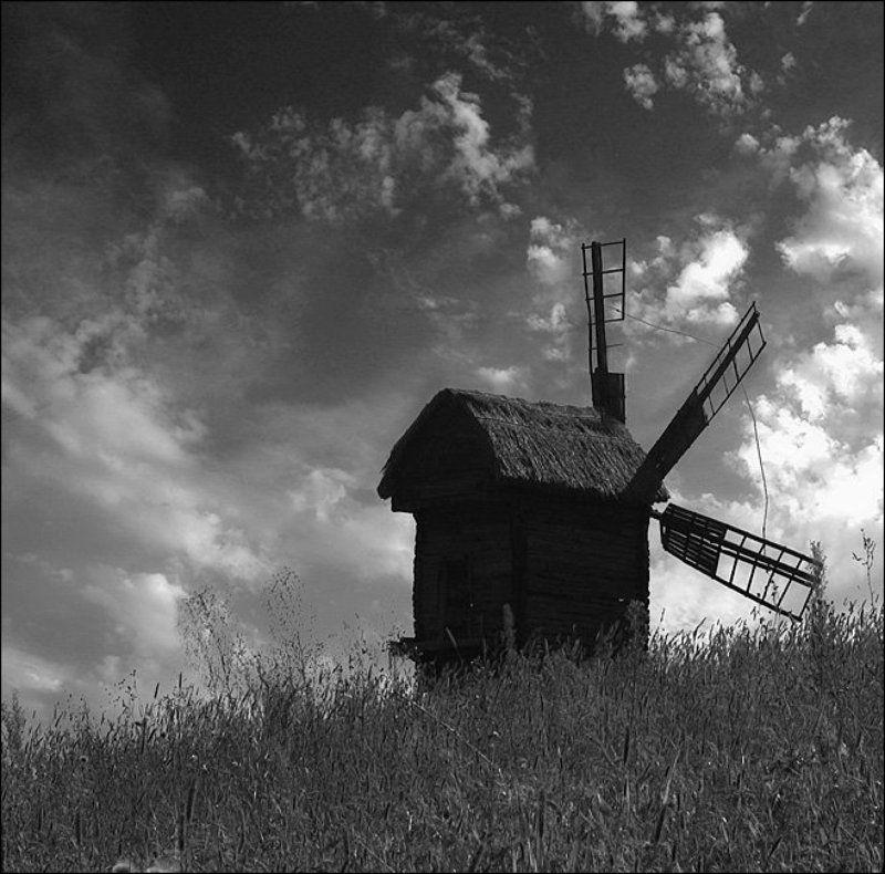 мельница, ветряк, небо, пирогово, киев, украина В ожидании Дон Кихота...photo preview