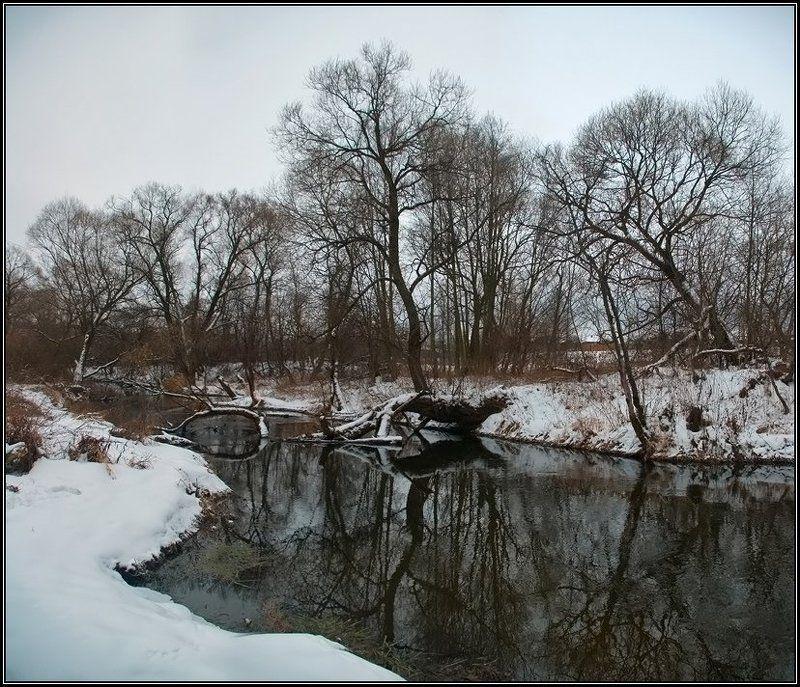 зима, река, отражение Чёрно-бело-рыжий пейзаж №2photo preview