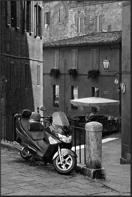 италия, сиена Дворикphoto preview