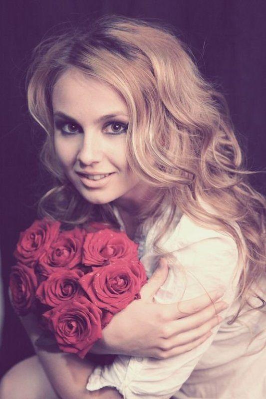 chernor-white photograph, flowers, portrait, eye, girl, чернор-белая фотография, цветы, портрет, глаза, девушка photo preview