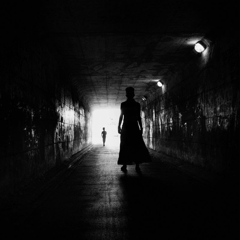 bw, tunel, light, krusev, siluets photo preview