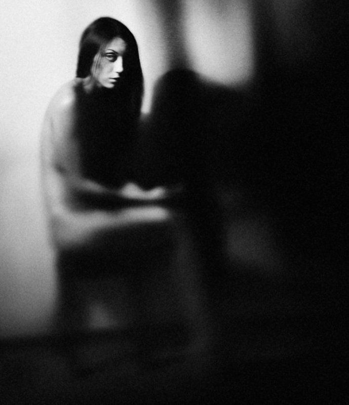 concept, body, evening, night, darkness, shadows, twilight, indoors, woman, naked, erotica, nude Сумеркиphoto preview