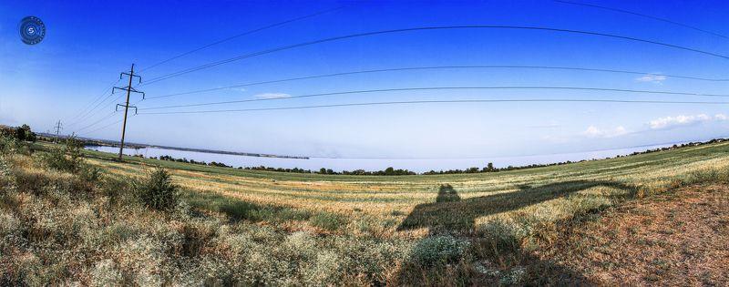 Днепр, река, берег, пейзаж, Никополь, вода, водохранилище, поле, панорама, небо, зелень,  Где-то под Никополем...photo preview