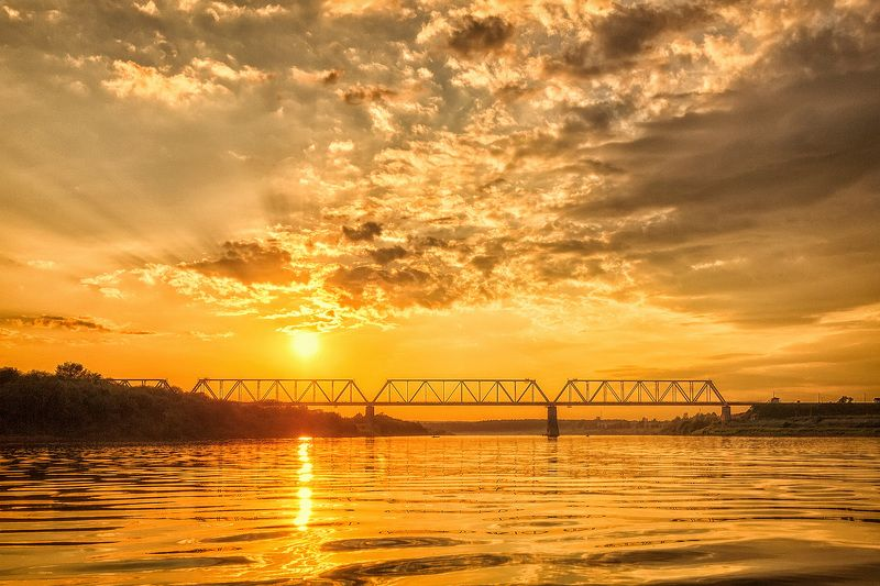 закат, лето, река, небо, облака, отражение, солнце Загарский мост.photo preview