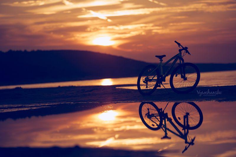 childchood, summer, sea, boy, play, boat, sunset summer sunsetphoto preview