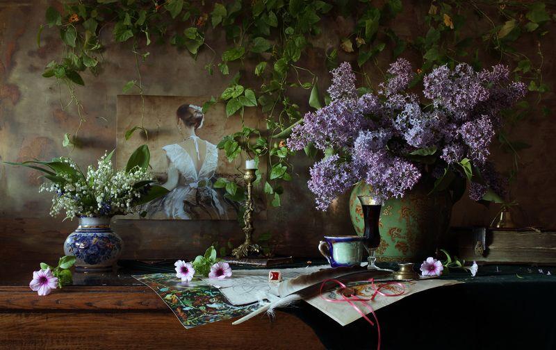 сирень, цветы, натюрморт, картина, девушка, ландыши Натюрморт с цветами и картинойphoto preview