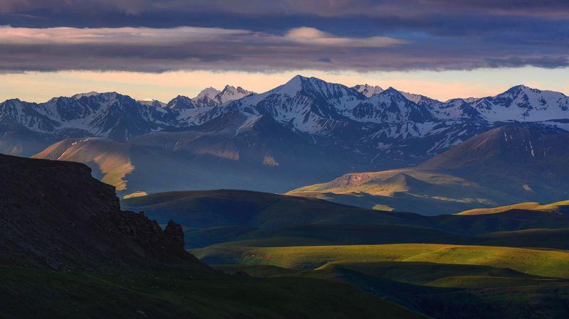 кавказ,горы,бермамыт поднималось солнце,опускались тени...photo preview