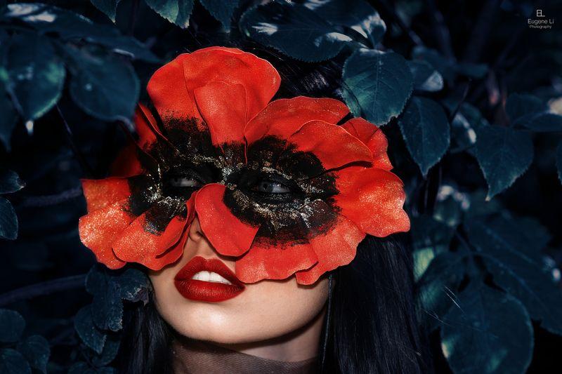 портрет Demonic Rosephoto preview