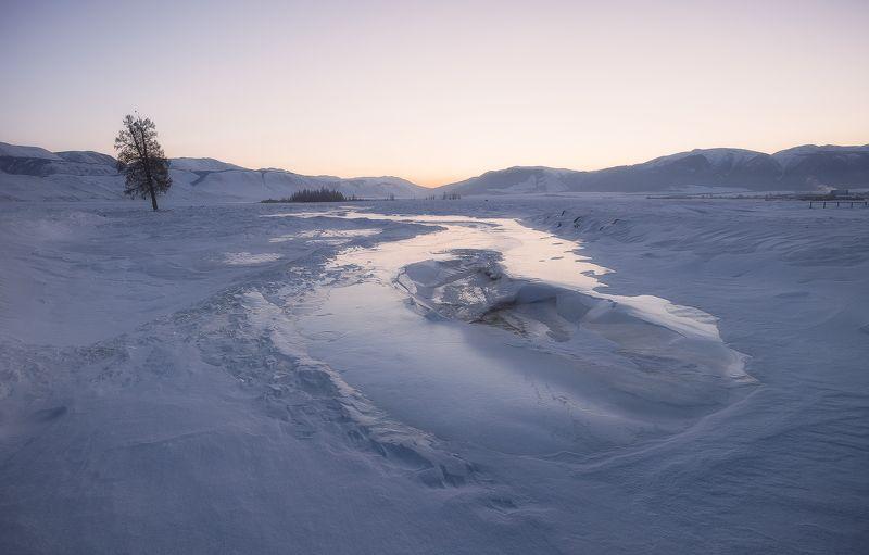 ...Морозное утро Курая...photo preview
