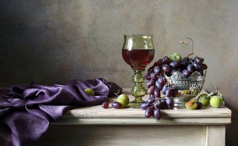 вино, бокал, лесное стекло, виноград, ягоды, лиловый, оливковый В лилово-оливковых тонахphoto preview