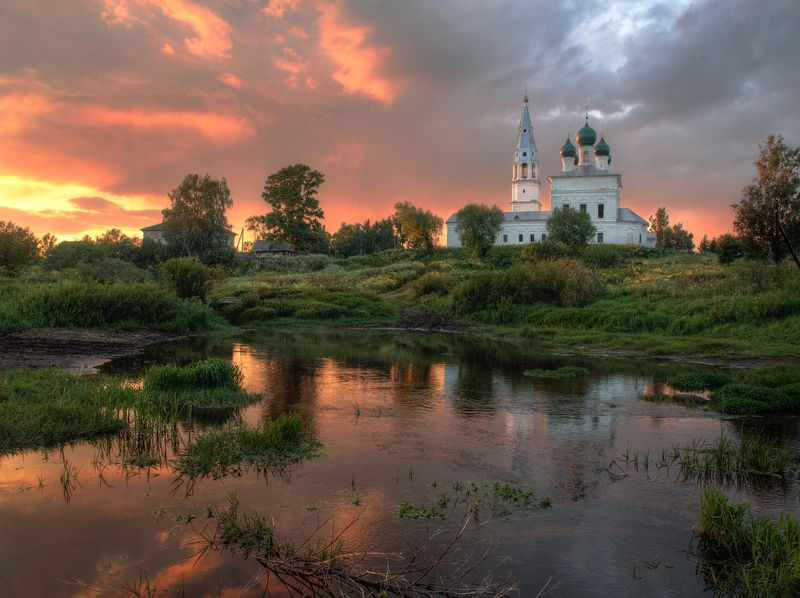 осенево село природа небо Один вечер в селе Осенево Ярославской областиphoto preview