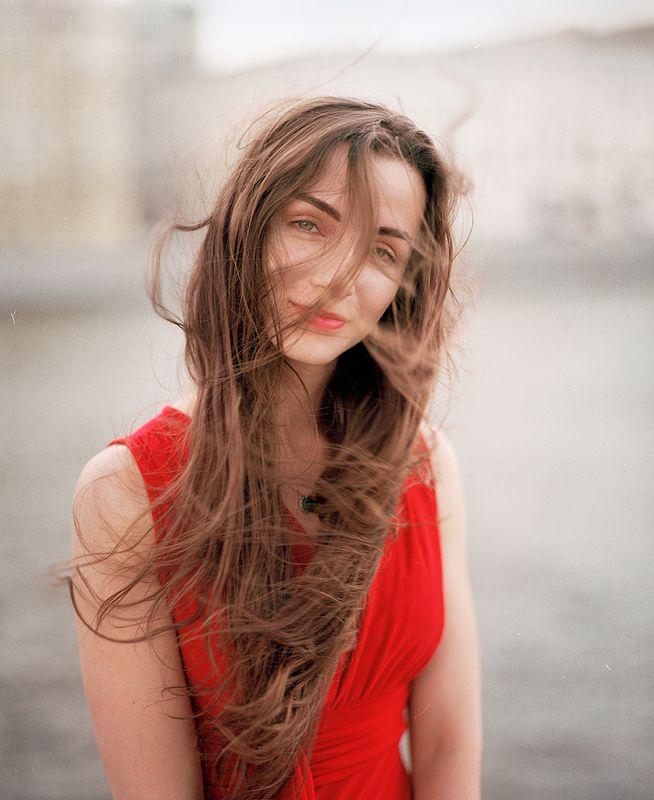 плёнка, портрет, medium format, art, kodak, beauty, street, portrait, девушка, улица, город, гламур, жанровый портрет, ветер, волосы, лето Ветерок...photo preview
