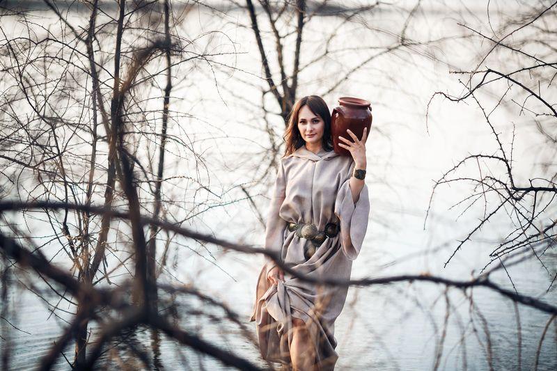 фотосессия, модель, девушка, кувшин, река,озеро, вода, природа,прекрасное, лето, портрет За водой к рекеphoto preview