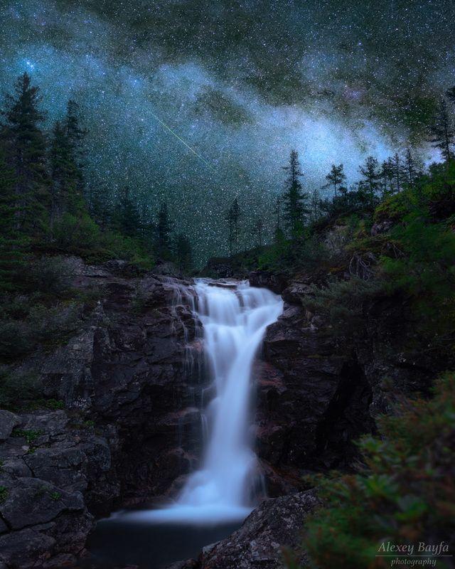 горы, водопад, река, звёзды, лето, млечный путь, пейзаж, ночь, Под тенью Млечного Путиphoto preview