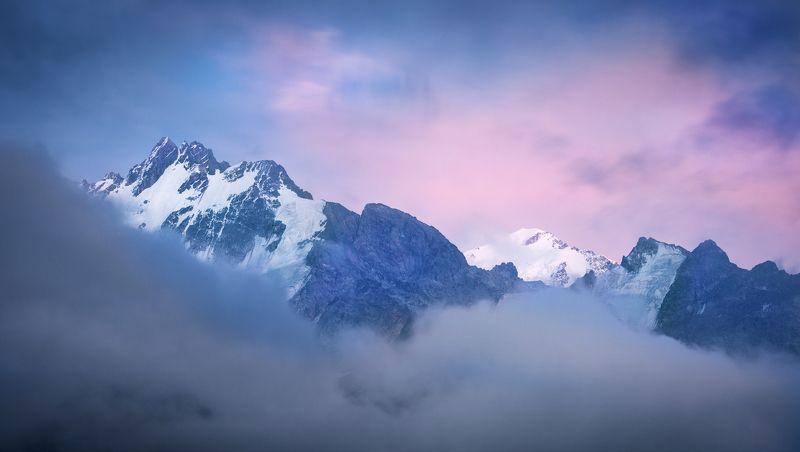 горы, небо, закат, розовый, снег, туман, облака, кавказ, дыхтау, коштантау, пейзаж, природа, россия Закатphoto preview