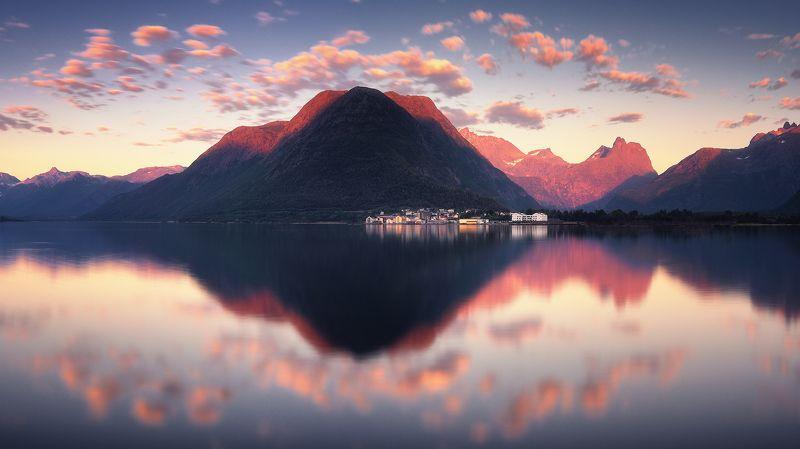 норвегия, лето, фьорд, горы, панорама, ондалснес Отражения Ондалснесаphoto preview