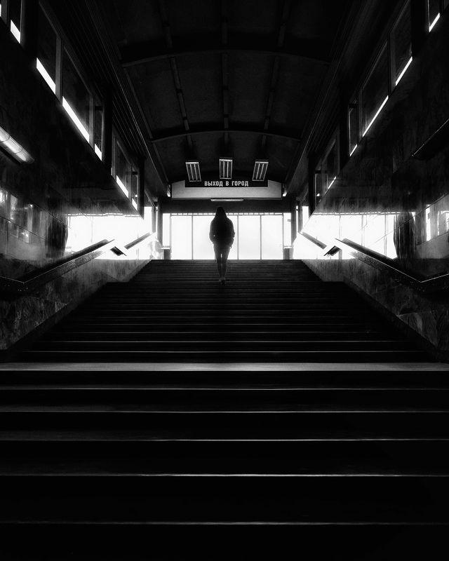 город, метро, черно-белое, москва Стереоphoto preview