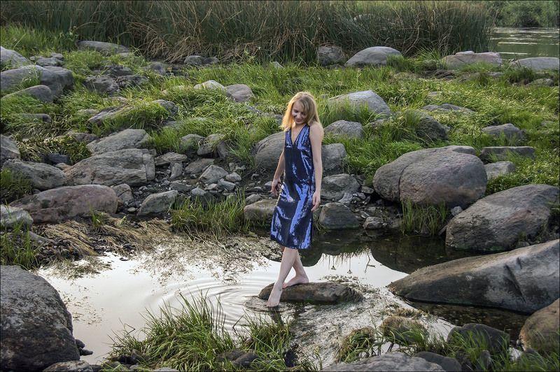 вечер, вода и камни, девушка из воды,  Девушка из водыphoto preview