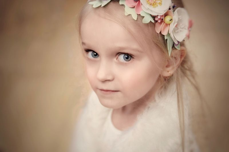 Семья, Дочка, девочка, ребёнок, дети, цвет, портрет, family, childhood, child, portrait, color, girl, baby, indoor Портрет дочериphoto preview