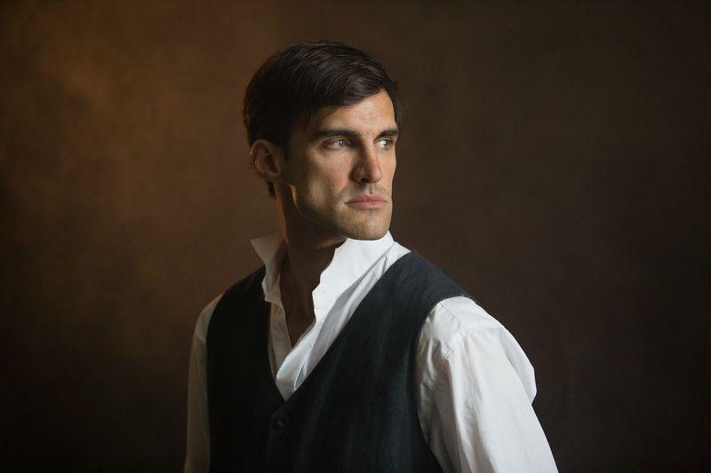 актер, портрет, мужской портрет Максимphoto preview