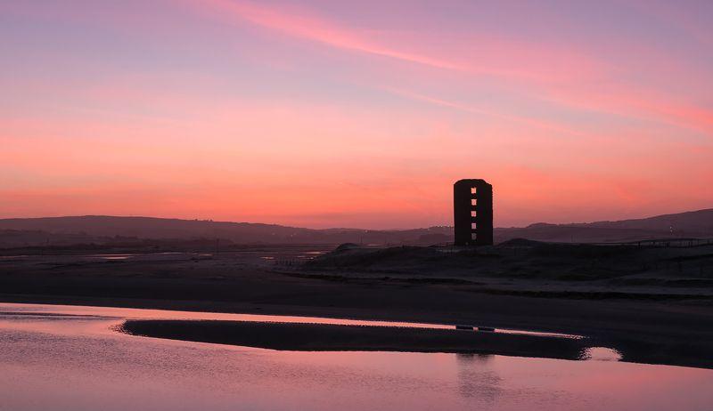 ирландия, фототур, рассвет, замок Рассвет у развалин замкаphoto preview