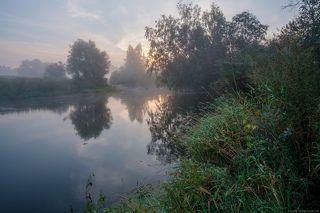 Сентябрьское утро на реке