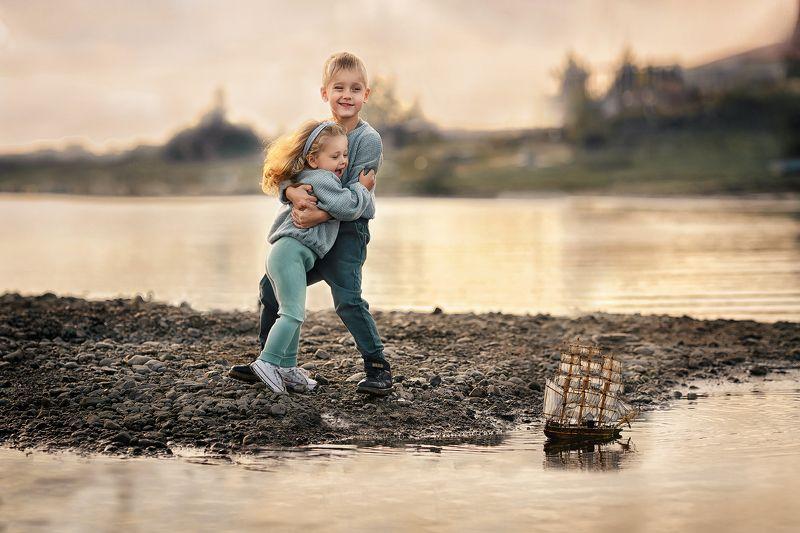 #yuliadin_foto #юлиядин #кемерово #фотографтомск #best_foto_tomsk #семейныйфотограф #дети #детскийфотограф #photos #photograph #томск #135mm #best_foto_russia #kids #photochallenge #photo #instamama #mams #35photo Лучший другphoto preview