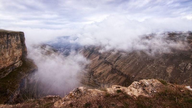 каньон,горы,село,туман,дагестан. Туман накрыл село или о жизни в горном Дагестане.photo preview
