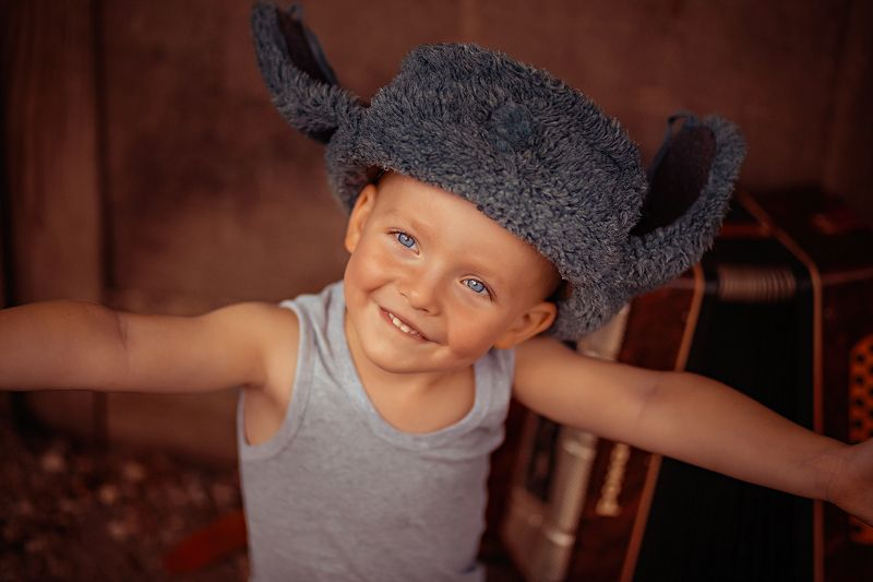 Мужичок с гармошкойphoto preview