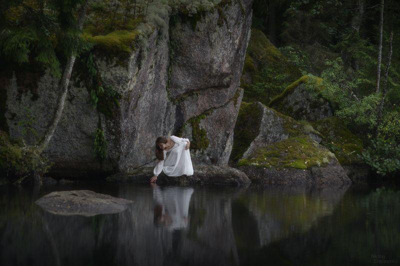 выборг, ленинградская область, скалы, озеро, отражение, сентябрь, тайга Прикосновениеphoto preview