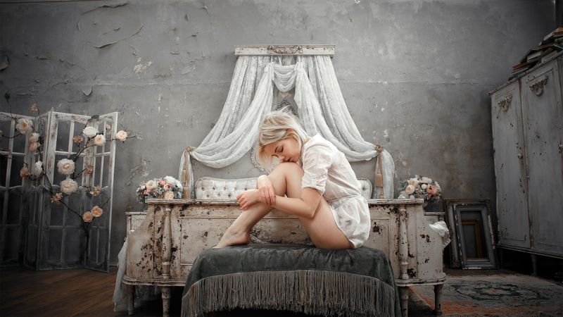 girl, model, portrait, bedroom, bed, light, silence, peace, blonde, retro, grunge, russia, девушка, модель, портрет, спальня, кровать, свет, тишина, покой, блондинка, ретро, грандж, россия Veilphoto preview