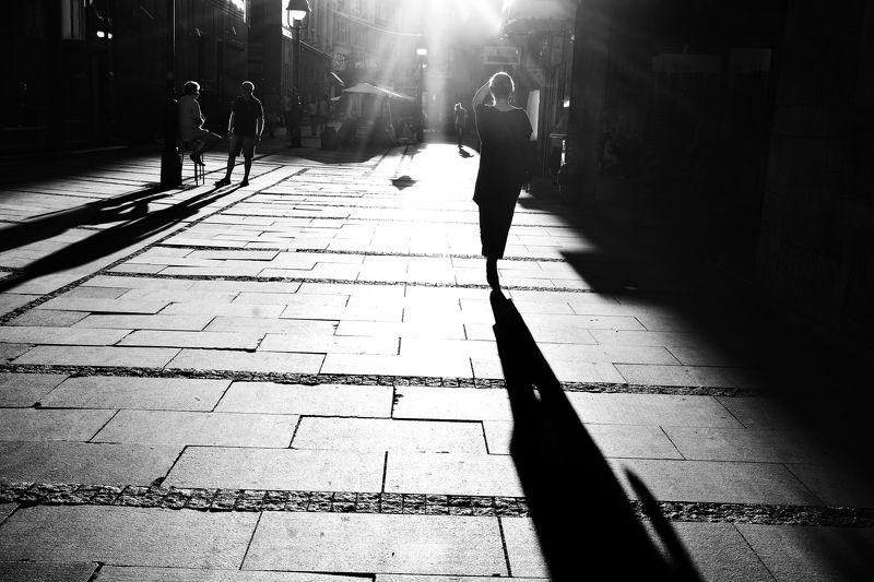 #belgrade #street #light #people #black and white #city #sunset #sunlight Light touchphoto preview