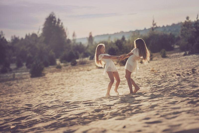 girls, friends, summer, west, happy Koniec lataphoto preview