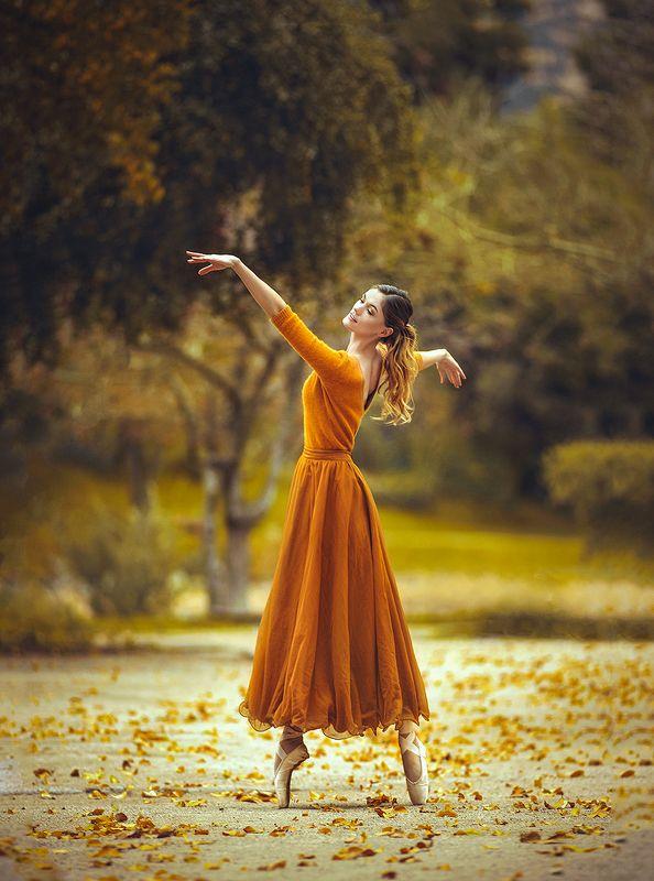 балерина, балет, осень Осенний танецphoto preview