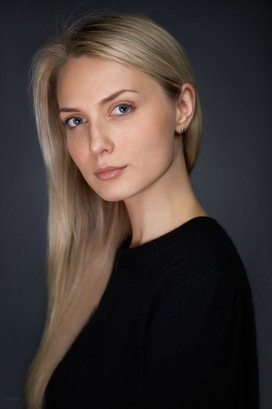 портрет, девушка, блондинка, русая, веснушки, молодая, красота, глаза, взгляд, лицо, волосы Настяphoto preview