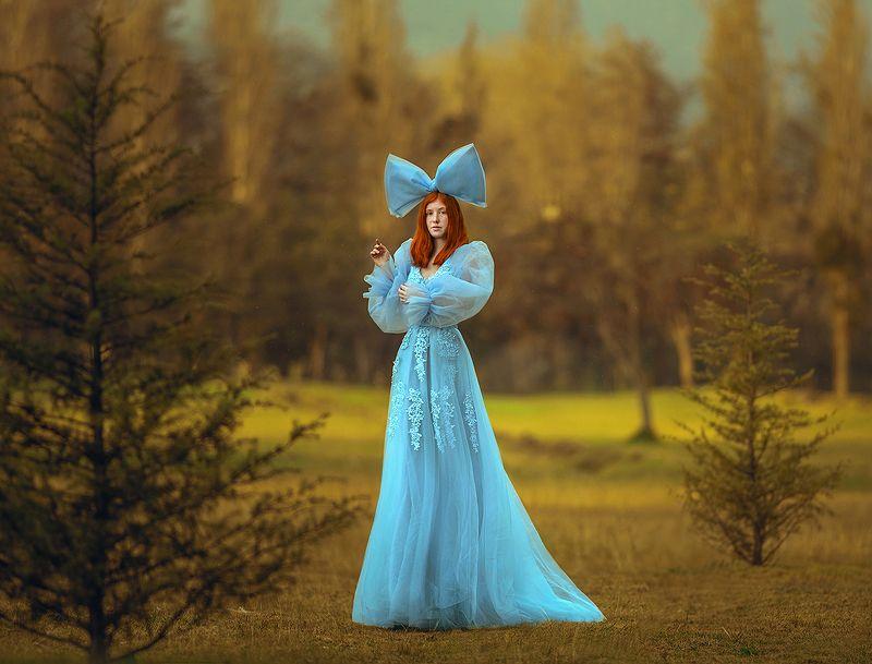 портрет, рыжие волосы, платье Алисонphoto preview