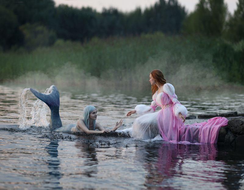 русалка, девушка и русалка,  Девушка и русалкаphoto preview