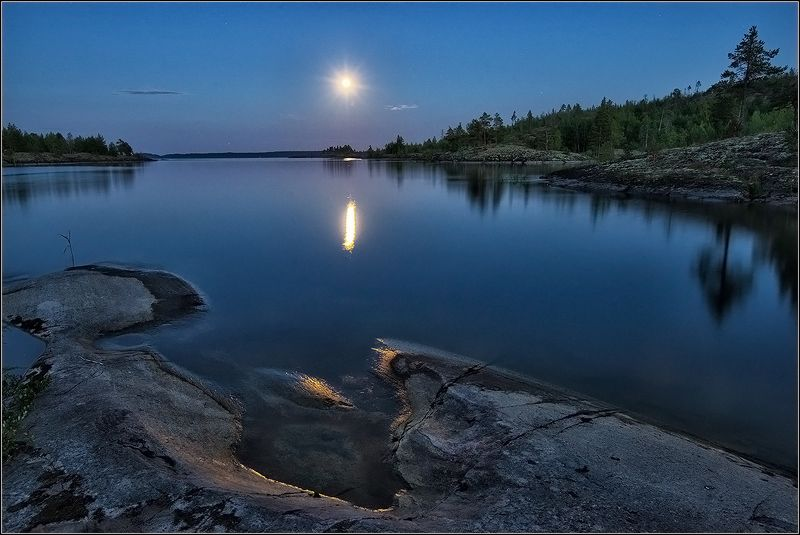 карелия, ладожское озеро, вечер, луна, дорожка *  *  *photo preview