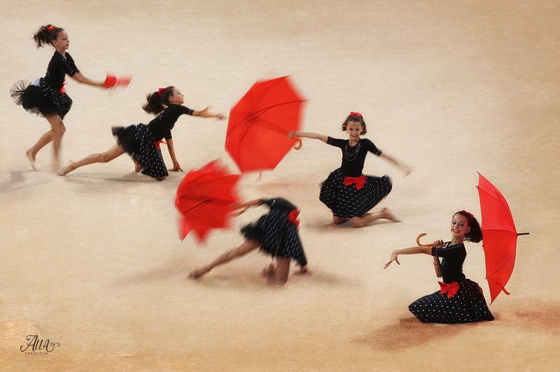 зонт, девочка, танец, спорт, художественная гимнастика, грация, движение танец с зонтикомphoto preview