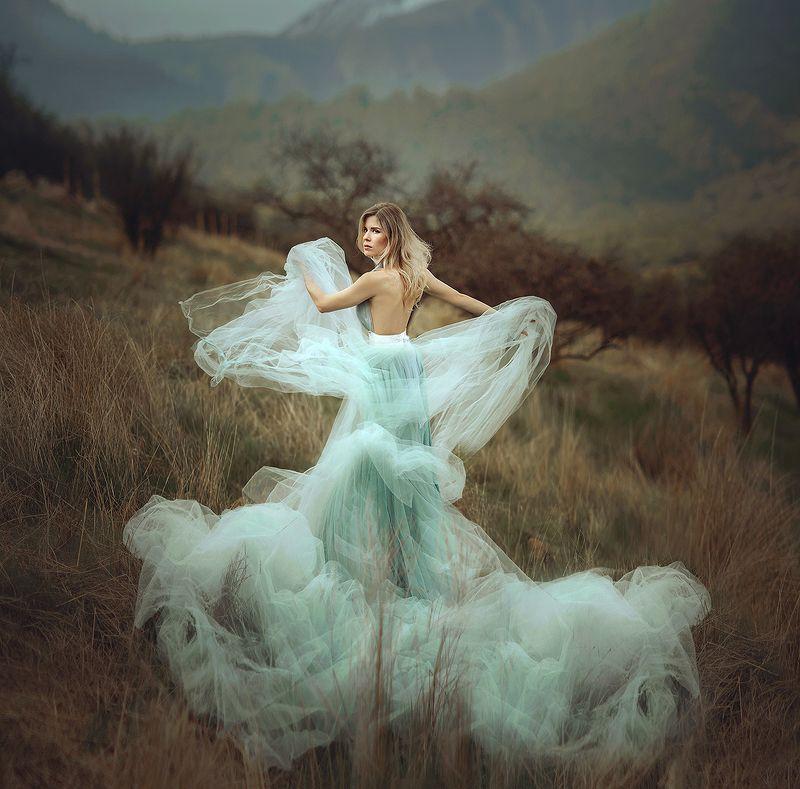 портрет, portrait, горы, mountains, чили, девушка, платье, ветер  Могучие Андыphoto preview
