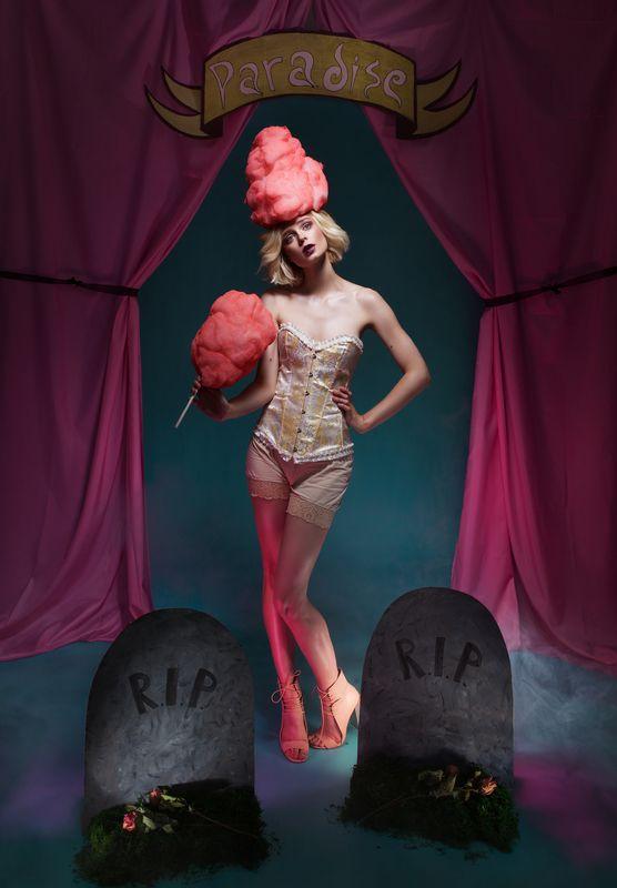 рай, розовый парик, сказка, волшебство, мистика, мрачный, кладбище, скелет, фэшн Мрачный райphoto preview
