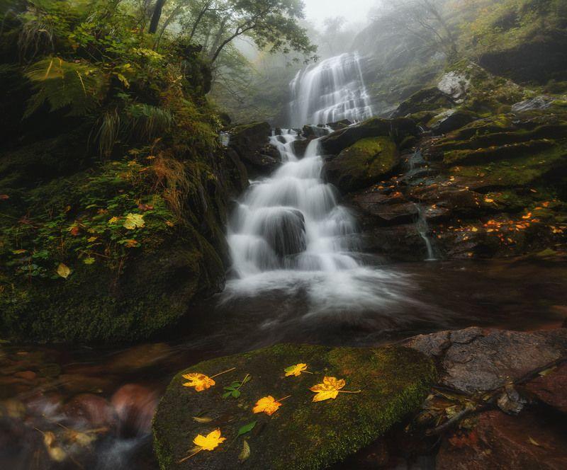 Чипровский водопад в Болгарииphoto preview